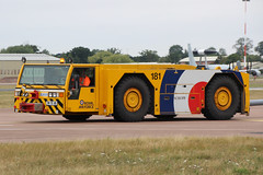 SCHOPF Heavy Aircraft Tug Royal Air Force FM70AB (NTG's pictures) Tags: force aircraft air royal gloucestershire vehicles tug monday heavy departures raf fairford riat 2015 schopf fm70ab 20july2015