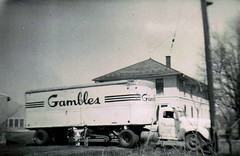 Gambles (~ Lone Wadi ~) Tags: truck tractortrailer gambles lostphoto outdoors trucking retro 1950s unknown