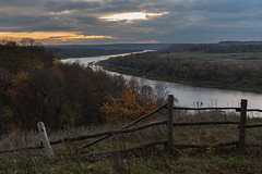 Kaluga oblast, Polenovo (misus1504 (Elena)) Tags: weather water russia river rain kalugaoblast borovsk kaluga tarusa oka travel trees sky outdoor autumn sunset light orthodox october color canon mark m