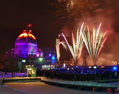 Panasonic FZ1000, Fireworks, Vieux-Port, Montréal, 7 January 2017 (14) (proacguy1) Tags: panasonicfz1000 fireworks vieuxport montréal 7january2017