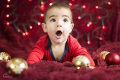 Merry x-mas! (piclex) Tags: xmas navidad christmas papanoel rojo bolas adornos navideños bokeh lights luces gorrito manta 2016