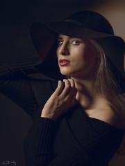 Mea Wright - Warm look (Ruslan Vassiljev) Tags: demi mola hasselblad h6d100c h6d