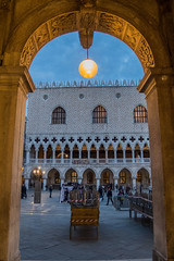 Palazzo Ducale (Denise Alvarez García) Tags: veneza turistica turismo romantico cidade renascença italiana obras de arte monumentos praças igrejas gondolas