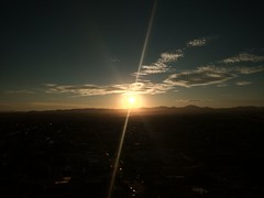 Atardecer en Cuauhtémoc (glozz91) Tags: sun sunset atardecer ciudadcuauhtémoc chihuahua desierto desert cielo nortedeméxico northernmexico rayoflight rayos sol puestadesol viajes traveling travel