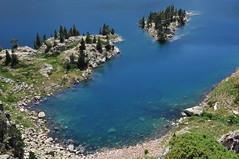 DSC_3110 Ibn de Respomuso (David Barrio Lpez) Tags: blue lake water landscape lago spain nikon huesca paisaje aragon pirineos ibon d90 respomuso valledetena respumoso sallentdegallego nikond90 davidbarrio lasarra ibonderespomuso davidbarriolpez