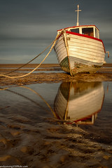 Meols Beach Sunset (1 of 14) (andyyoung37) Tags: boat meolsbeech merseyestuary beach greatsky sunset thewirral meols england unitedkingdom gb