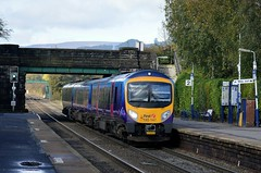 185147 passing through Bamford with the 1B74 Manchester Airport to Cleethorpes, 16th Oct 2014. (Dave Wragg) Tags: 185147 class185 desiro tpe firsttranspennineexpress bamford hopevalleyline 1b74 dmu railcar railway