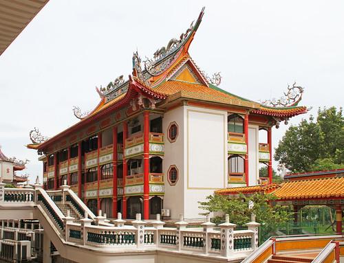Kong Meng San Phor Kark See Monastery 3