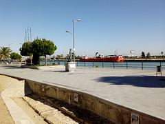 Avda de la Bajamar (Emilio__) Tags: elpuertodesantamaria cadiz andalucia españa enerode2017 2017 enero escultura marinero bajamar avdabajamar