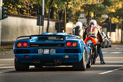 Ready to race! (David Clemente Photography) Tags: lamborghini lamborghinidiablo diablo diablosv superveloce lamborghinidiablosv cars bike supercars 6rds hypercars v12 bull diablosuperveloce diablogt italiancars