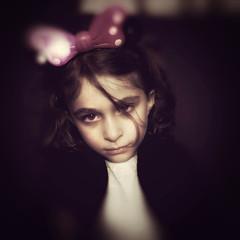 Sad Minnie (Carlos Ebert) Tags: lys