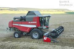 Moisson 2015 (7) (Quentin B. - Farmphoto52) Tags: new summer hot holland krone wheat harvest pack combine 1800 lc sle laverda paille moisson orge vario kverneland 7740 crales valtra moissonneuse versu dchaumage m410 leboulch n111 t162 m410lc