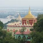 Blick von der Mahamuni Pagode auf den Irrawaddy - Mandalay