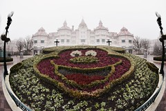 Micky Mouse Garden (abdalmajeedTM) Tags: travel europe photography nikon vacation winter edit travilling traviling photographier colorful black white wanderlust places love 2017 january february paris france french eiffel tower disney disneyland disneyworld museum louvre musee statue notredame notre dame church art architecture gallary city country tag cool nice sexy classic view nature forever alone
