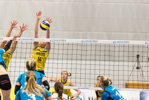 "3. Heimspiel vs. Volleyball-Team Hamburg • <a style=""font-size:0.8em;"" href=""http://www.flickr.com/photos/88608964@N07/32694279091/"" target=""_blank"">View on Flickr</a>"