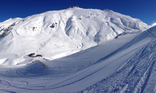 Saddle Basin (wide angel) - Treble Cone Wanaka, NZ (12 August 2014)