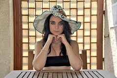 Pomeriggio d'estate (Celeste Messina) Tags: summer portrait sun selfportrait hat self estate autoritratto panama sole ritratto pucci cappello emiliopucci celestemessina