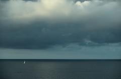 mar (Jesus Castañeda del Moral) Tags: mar barco agua oceano bizkaia pais vasco basque country vizcaya