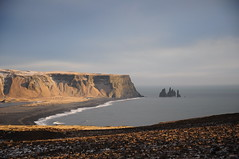 Iceland Cliff (Bastian S. Photography) Tags: iceland cliff island klippe meer ocean beach strand felsen im wasser water nikon d5000 nikkor 1870mm 2016 x15 travel