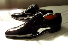 file0023_3782461162_o (shinydressshoes) Tags: dress shoes dressshoes shiny shinyshoes patent leather formal oxfords pointed balmorals sheer sheers socks sox lackschuh anzug suit tux tuxedo shoeporn lackschuhe laceup