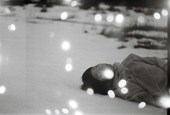 ポノン (Porcupine Phantom.) Tags: art analogue analog análogo a1 nonmimportadellaluna ponón chileanband chile embalseelyeso embalse el yeso 35mm bw blancoynegro blackandwhite vídeo video videoclip