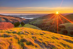 Spring Sunrise (Jaykhuang) Tags: sunrise spring rollinghills losvquerosreservoir water lowfog livermore eastbay bayarea california jayhuangphotography sunburst morganterritory wow
