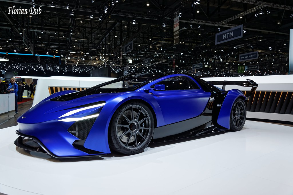 Top 10 Most Expensive Sports Cars High Priced Sports Cars: Top 10 World's Most Expensive Sports Cars 2018