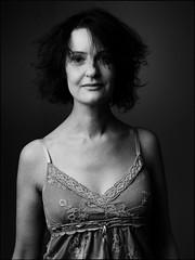 Cecilia (Hasse Linden) Tags: portrait ritratto retrato woman onelight speedlight octabox pocketwizard nikon sb800