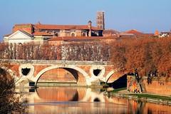 Toulouse (jpto_55) Tags: toulouse garonne pont pontneuf reflet paysage xe1 fuji fujifilm fujixf55200mmf3548rlmois hautegaronne france