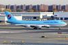 HL7605 | Boeing 747-4B5FER | Korean Air Cargo (cv880m) Tags: newyork jfk kjfk kennedy hl7605 boeing 747 744 747400 74f 747400f 7474b5f kal koreanaircargo freighter aircargo korea koreanair jumbo