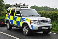 Sussex Police Forensic Collision Investigation Unit GU63 LNX LandRover Discovery (Sussex photos) Tags: sussex police forensic collision investigation unit gu63 lnx landrover discovery seen in hastings while at an rtc east blue lights crash car land rover 4x4