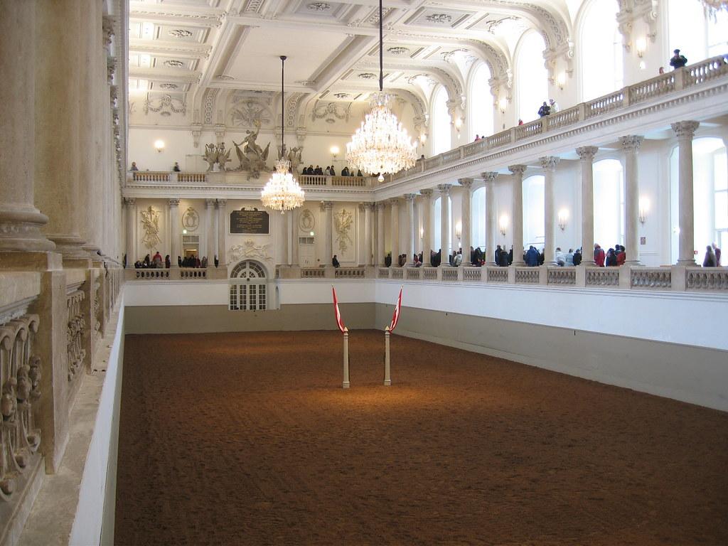 Spanische Hofreitschule Wien Besucherführer