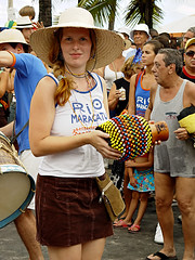 Rio Maracatu (Jim Skea) Tags: riodejaneiro carnaval carnavalderua arpoador bloco riomaracatu jimsk carnaval2006 streetcarnaval 280206