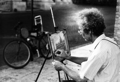 street painter (fridaycafe) Tags: street people bw italy rome bicycle painter sr44 top20street top201