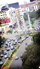 TeenTalwar Chowk (Edge of Space) Tags: pakistan traffic karachi clifton fakelomo teentalwar schoncircle