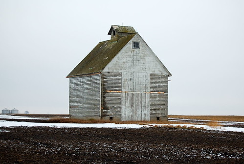 White Arrow Barn