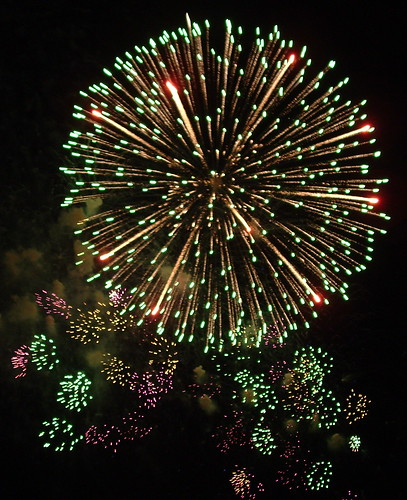 Flickr: c r i s - New Years's Eve Fireworks