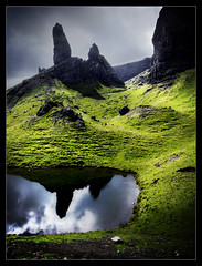 Old Men of Storr (Iguana Jo) Tags: sky mountain reflection skye water clouds lago scotland rocks nuvole isleofskye cielo rocce acqua montagna riflesso scozia oldmanofstorr fiveflickrfavs