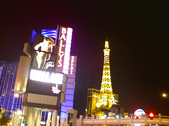 19295_image255 (Christian) Tags: las vegas place mad