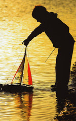 Sailing in Silhouette (Hart from Golborne) Tags: shadow reflection water silhouette boat sailing flash sails backlit leigh pennington