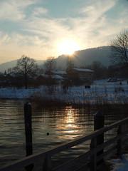 Sonnenuntergang am Tegernsee (oefe) Tags: sunset reflection water mrjackfrost ilovenature sonnenuntergang reflexion oneyear tegernsee 1on1 badwiessee