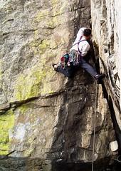 Steve Demonstrates the Drop Knee Technique (Dru!) Tags: yellow corner bc britishcolumbia traditional steve crack jamming lichen steven rockclimbing protection skaha bridging gneiss stemming stemalot dihedral bigrack harng