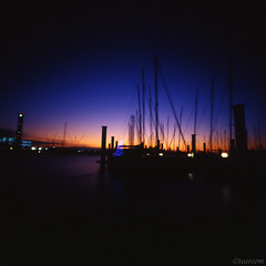 Sonata of the afterglow (tearoom) Tags: blue sunset sea sky orange black silhouette japan night lights purple yacht dusk pinhole osaka zero2000 magichour zeroimage afterglow yachtharbor hokkou