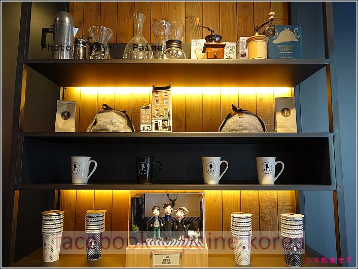 江南221B in Seoul coffee lounge (13).JPG