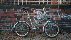 Mifa 901 (Lup0s) Tags: bike foldingbike klapprad klappi siebziger 20zoll tiger 70s foldingcycle berlin