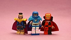 Infinte Crisis? (th_squirrel) Tags: lego dc minifig minifigs minifigures minifigure crisis infinite earths montior anti psycho pirate