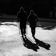 Runner #012 - Buttes-Chaumont Paris (Remy Carteret) Tags: paris blackandwhite noiretblanc canon 5d mkii mk2 markii france eos remycarteret rémycarteret nb noirblanc blackwhite bw runner running courir coureur sport sportif sports humansofparis parisien parisienne parisiens parisiennes streetlife marche walk walking ombres ombre shadow shadows race course humains human canon5dmarkii canon5dmark2 canoneos5dmarkii canoneos5dmark2 5dmark2 5dmarkii mark2 canon5d paris19e butteschaumont parisbutteschaumont sportifs runners coureurs squareformat square