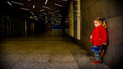Y yo aquí sujetando la pared!... (pepoexpress - A few million thanks!) Tags: nikon nikond600 nikon24120 nikond60024120mmf4 d610 d61024120mmf4 nikond610 eli pepoexpress people urban urbanstreetpeople urbanportrait street streetphotographymadrid streetshot madrid madridfunstreet
