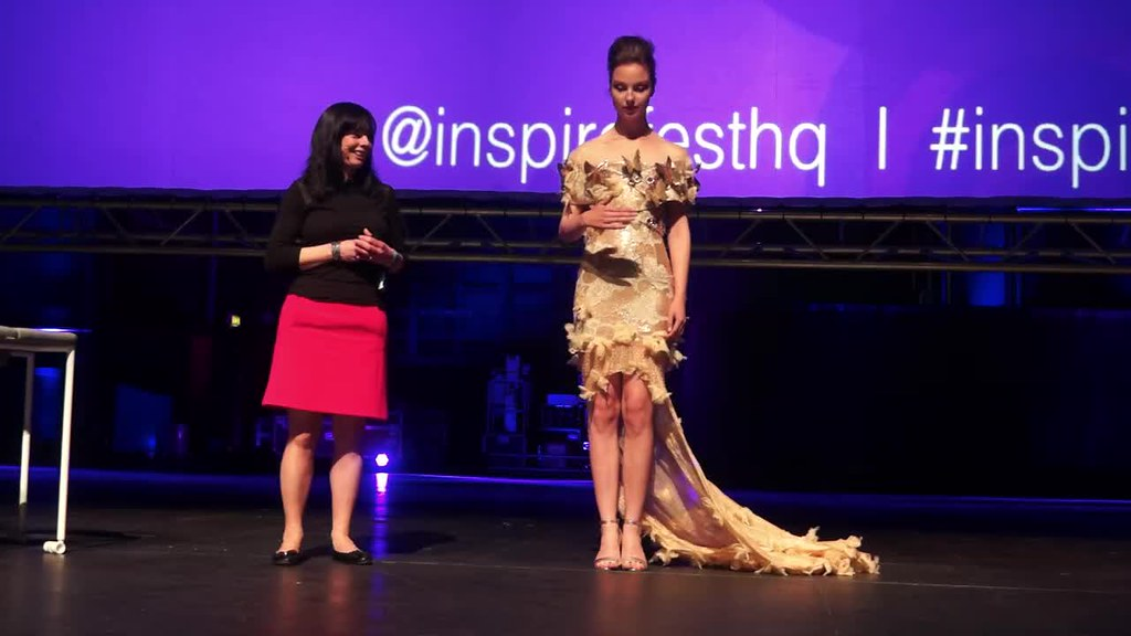 MARTINA LAWLOR PRESENTS THE INTERACTIVE BUTTERFLY DRESS [INSPIREFEST 2015]REF-105715