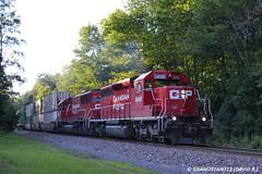 CP 5690 EMD SD40-2 (258) (Trucks, Buses, & Trains by granitefan713) Tags: railroad train locomotive canadianpacific cp freighttrain emd sd402 sd60 emdsd402 mixedfreight emdsd60 sunburysub cpsunburysub